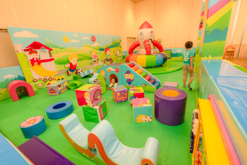 小さなお子様が遊べるキッズスペース併設