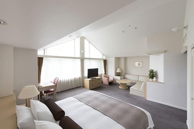 全7室。66㎡、マウンテンビューの広い空間と快適な寝具でワンランク上の滞在を