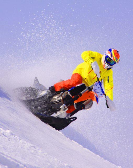 スノーバイク