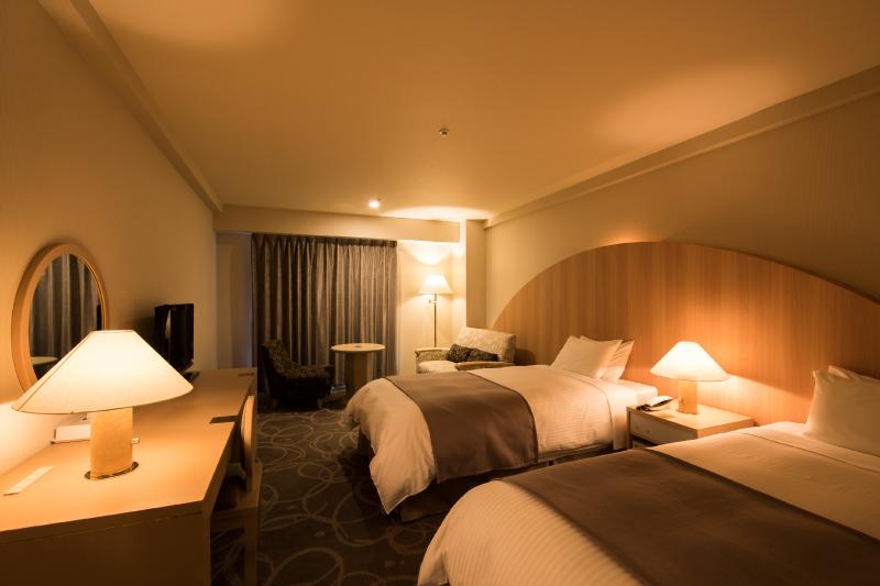 客室例4 (階層、宿泊棟により内装が異なります)