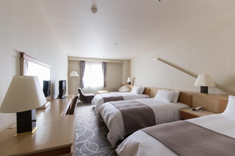 客室例3 (階層、宿泊棟により内装が異なります)