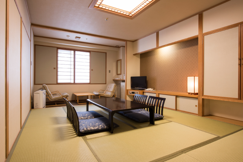 16 rooms in total. These Japanese rooms are popular with families with small children