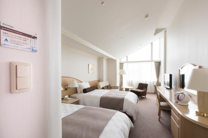 全2室。「ファイテン」のアクアチタン技術で良質な眠りを