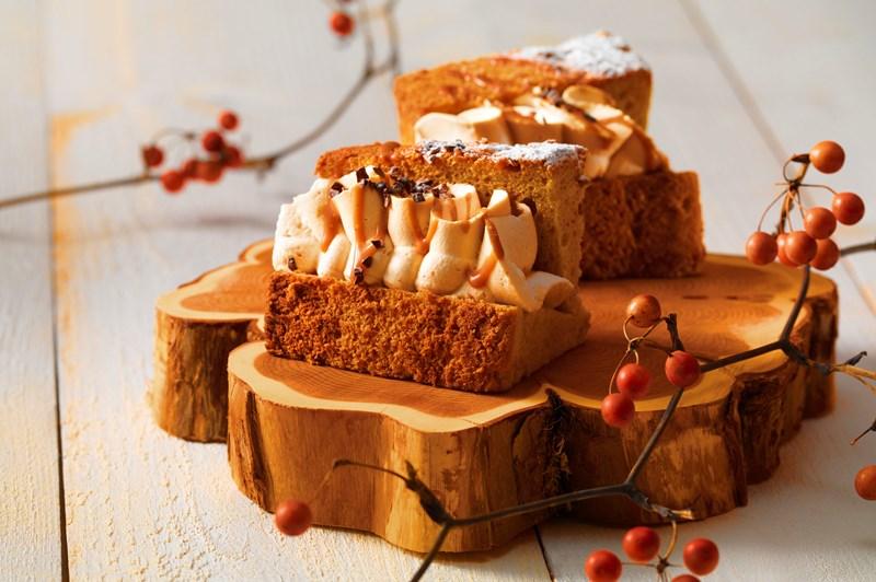 9月 [栗とカボチャの秋フェア] キャラメルシフォンケーキ