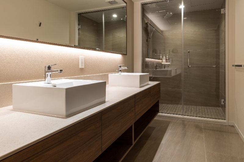 シャワールームは2つあります