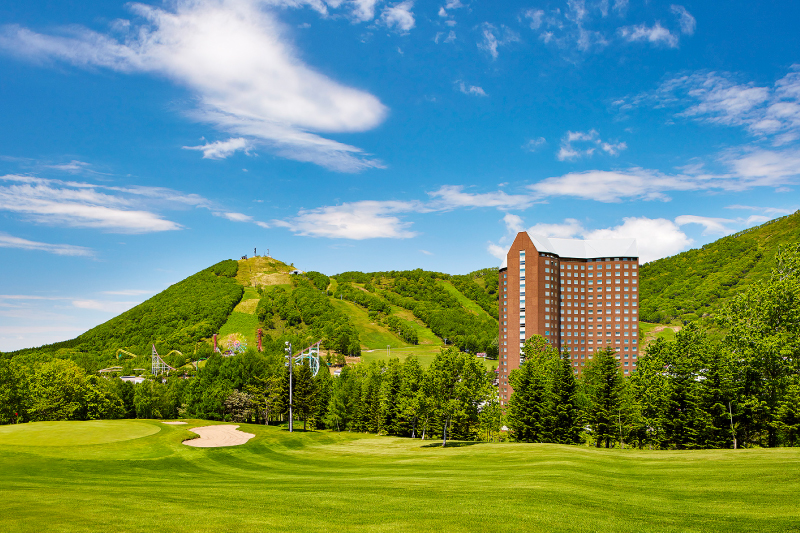 Enjoy a round of golf with Lunch and a Hot spring at The Westin Rusutsu Resort .
