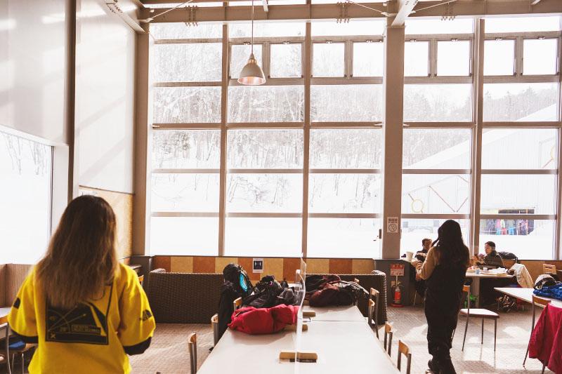 イゾラ第1クワッドを見渡す窓側